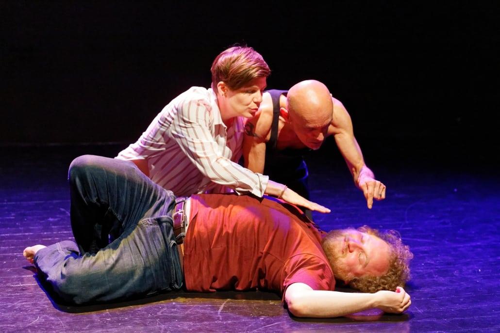 theaterproductie closed worlds anima vinctum